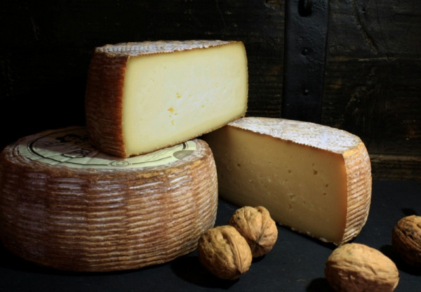Kaeseladen online shop TOMME DES CROQUANTS AFF. LIQUEUR DE NOIX PAST 900GR